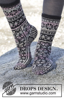 Gratis breipatroon Moonflower socks-0