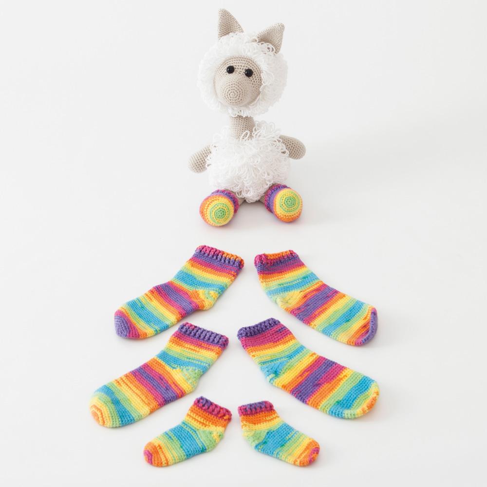 Amigurumi Lama with socks