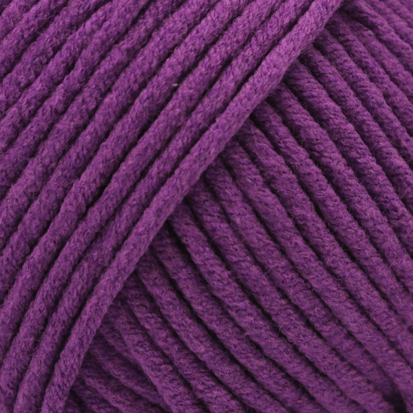 Yarn and Colors Fabulous 055 Lilac