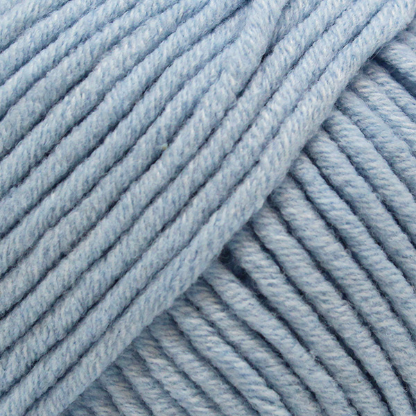 Yarn and Colors Fabulous 063 Ice Blue