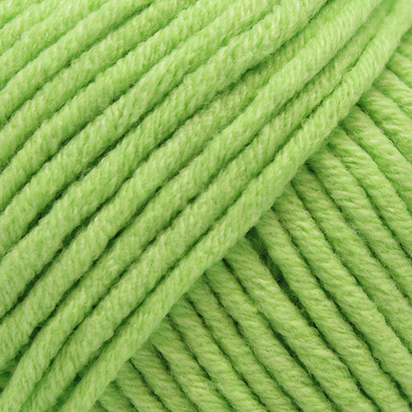 Yarn and Colors Fabulous 081 Lettuce