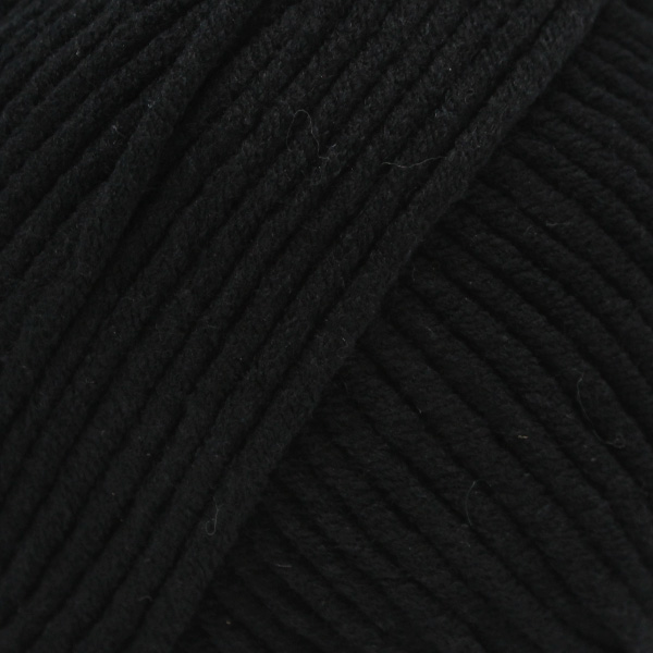 Yarn and Colors Fabulous 100 Black