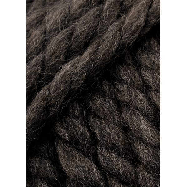 Wool Addicts FIRE 067 dark brown