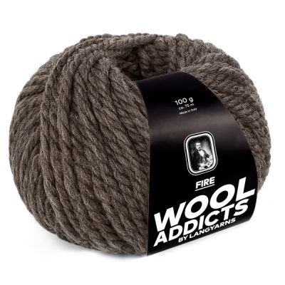 Wool Addicts FIRE 067 dark brown